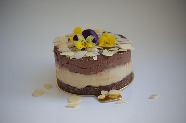 Mini-tort cu cocos și ciocolată