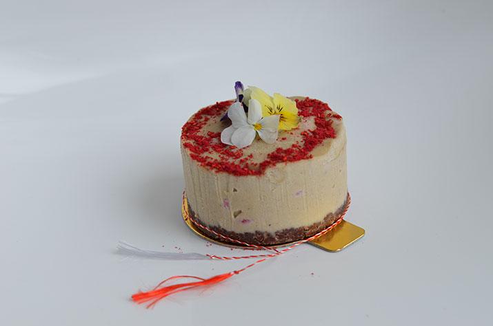 Mini-tort cu lapte de cocos și zmeură